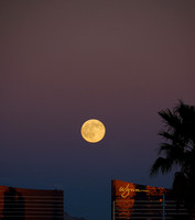 Full moon over the Wynn hotel, Las Vegas, NV